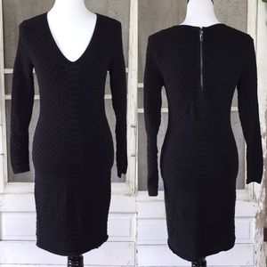 Cache Body Con Black V Neck Long sleeve Dress M